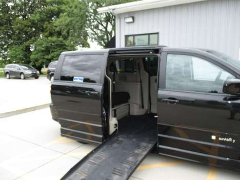 Used Wheelchair Van For Sale: 2016 Dodge Grand Caravan SXT Wheelchair Accessible Van For Sale with a BraunAbility Dodge Entervan II on it. VIN: 2C4RDGCG1GR327360