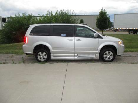 Used Wheelchair Van For Sale: 2011 Dodge Grand Caravan S Wheelchair Accessible Van For Sale with a BraunAbility Dodge Entervan XT on it. VIN: 2D4RN3DG0BR731136