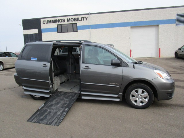 2005 toyota sienna le wheelchair van for sale ims. Black Bedroom Furniture Sets. Home Design Ideas