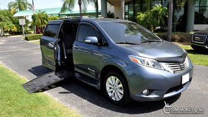 Used Wheelchair Van For Sale: 2016 Toyota Sienna Limited Wheelchair Accessible Van For Sale with a BraunAbility Toyota Rampvan XT on it. VIN: 5TDYK3DC7GS706618