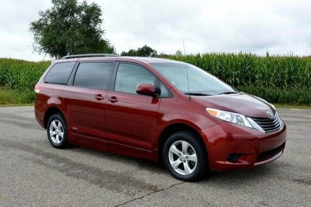 2014 Toyota Sienna Le Wheelchair Van For Sale Vin