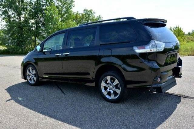 2014 toyota sienna se wheelchair van for sale vin. Black Bedroom Furniture Sets. Home Design Ideas