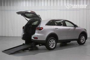 New Wheelchair Van For Sale: 2019 Kia Sorento L Wheelchair Accessible Van For Sale with a Automatic (No Kneel) on it. VIN: 5XYPG4A59KG558230