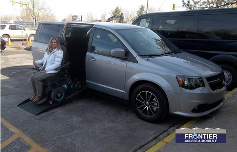Used Wheelchair Van For Sale: 2018 Dodge Caravan  Wheelchair Accessible Van For Sale with a VMI - VMI Dodge APEX on it. VIN: 2C4RDGCG7JR153500