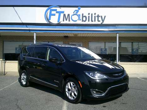 Used Wheelchair Van For Sale: 2020 Chrysler Pacifica Touring Wheelchair Accessible Van For Sale with a BraunAbility Chrysler Pacifica Rear-Entry on it. VIN: 2C4RC1BG0LR114931