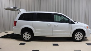 Used Wheelchair Van For Sale: 2017 Dodge Caravan  Wheelchair Accessible Van For Sale with a BraunAbility - Dodge Manual Rear Entry on it. VIN: 2C4RDGBG4HR755863