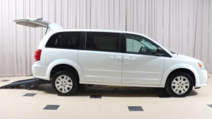 Used Wheelchair Van For Sale: 2017 Dodge Caravan  Wheelchair Accessible Van For Sale with a BraunAbility - Chrysler Manual Rear Entry on it. VIN: 2C4RDGBG4HR750730
