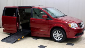 Used Wheelchair Van For Sale: 2014 Dodge Caravan  Wheelchair Accessible Van For Sale with a Non Branded - Please See Description on it. VIN: 2C4RDGCG9ER428966