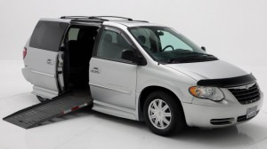 Used Wheelchair Van For Sale: 2007 Chrysler Town & Country Touring Wheelchair Accessible Van For Sale with a BraunAbility - Chrysler Entervan II on it. VIN: 2A4GP54L77R170376