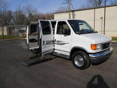 Used Wheelchair Van For Sale: 2005 Ford Econoline L Wheelchair Accessible Van For Sale with a Non Branded Full Size Van Conversion on it. VIN: 1FDNE24L15HB04718
