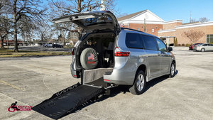 Used Wheelchair Van For Sale: 2019 Toyota Sienna S Wheelchair Accessible Van For Sale with a Revability TOYOTA SIENNA ADVANTAGE RE on it. VIN: 5TDKZ3DC4KS010244