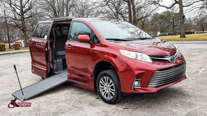 Used Wheelchair Van For Sale: 2019 Toyota Sienna S Wheelchair Accessible Van For Sale with a VMI VMI Northstar E Toyota  on it. VIN: 5TDYZ3DC6K5997634