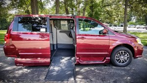 Used Wheelchair Van For Sale: 2017 Dodge Grand Caravan SE Wheelchair Accessible Van For Sale with a VMI Dodge Summit on it. VIN: HR589289