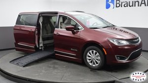 Used Wheelchair Van For Sale: 2019 Chrysler Pacifica L Wheelchair Accessible Van For Sale with a  on it. VIN: 2C4RC1BG5KR626733