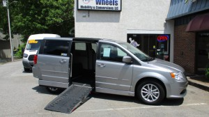 Used Wheelchair Van For Sale: 2016 Dodge Caravan  Wheelchair Accessible Van For Sale with a AMS - Chrysler Legend Side Entry on it. VIN: 2C4RDGCG7GR204775