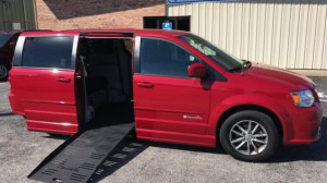 Used Wheelchair Van For Sale: 2015 Dodge Caravan  Wheelchair Accessible Van For Sale with a BraunAbility - Dodge Entervan II on it. VIN: 2C4RDGBG2FR690024