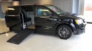 Used Wheelchair Van For Sale: 2017 Dodge Caravan  Wheelchair Accessible Van For Sale with a BraunAbility - Dodge Entervan II on it. VIN: 2C4RDGCG6HR856479