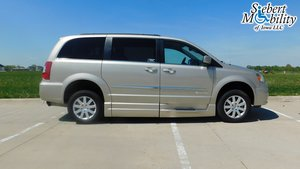 Used Wheelchair Van For Sale: 2015 Chrysler Town & Country Touring Wheelchair Accessible Van For Sale with a BraunAbility Chrysler Entervan Xi Infloor on it. VIN: 2C4RC1CG3FR638240