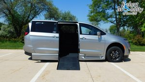 Used Wheelchair Van For Sale: 2019 Chrysler Pacifica Touring Wheelchair Accessible Van For Sale with a BraunAbility Chrysler Pacifica Foldout XT on it. VIN: 2C4RC1FG0KR598074