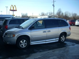 Used Wheelchair Van For Sale: 2007 Dodge Grand Caravan EX Wheelchair Accessible Van For Sale with a  on it. VIN: 2D4GP44L67R312994