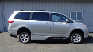 Used Wheelchair Van For Sale: 2017 Toyota Sienna LE Wheelchair Accessible Van For Sale with a VMI Toyota NorthstarAccess360 on it. VIN: 5TDKZ3DC7HS833534