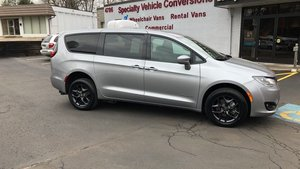 Used Wheelchair Van For Sale: 2019 Chrysler Pacifica S Wheelchair Accessible Van For Sale with a BraunAbility Chrysler Pacifica Rear-Entry on it. VIN: 2C4RC1FG5KR598071