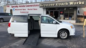 Used Wheelchair Van For Sale: 2016 Dodge Grand Caravan S Wheelchair Accessible Van For Sale with a BraunAbility Dodge Entervan II on it. VIN: 2C4RDGCGXGR358414
