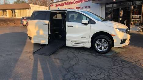 Used Wheelchair Van For Sale: 2019 Honda Odyssey EX-L Wheelchair Accessible Van For Sale with a BraunAbility Honda Power Infloor on it. VIN: 5FNRL6H76KB070559