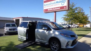 ? Wheelchair Van For Sale: 2019 Toyota Sienna SE Wheelchair Accessible Van For Sale with a VMI - Toyota NorthstarAccess360 on it. VIN: 5TDXZ3DC7KS971510