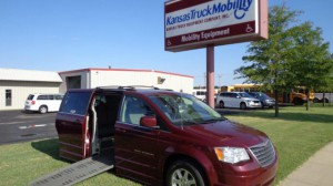 Used Wheelchair Van For Sale: 2008 Chrysler Town & Country Touring Wheelchair Accessible Van For Sale with a BraunAbility - Chrysler Entervan XT on it. VIN: 2A8HR54P98R811805