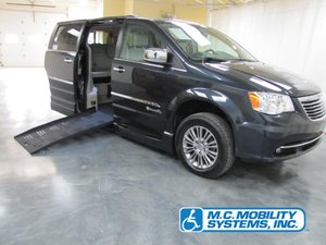Used Wheelchair Van For Sale: 2014 Chrysler Town & Country Touring Wheelchair Accessible Van For Sale with a Chrysler Power XT on it. VIN: 2C7WC1CG1ER460302