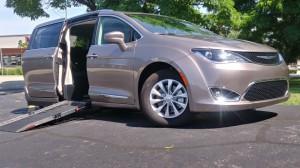 Sherman Dodge Skokie Illinois >> Illinois Wheelchair Vans For Sale | BLVD.com