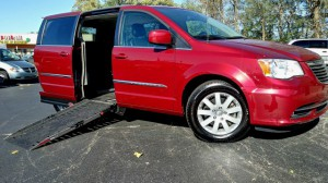 Used Wheelchair Van For Sale: 2014 Chrysler Town and Country  Wheelchair Accessible Van For Sale with a AMS - Dodge Legend Side Entry on it. VIN: 2c4rc1bg6er330057