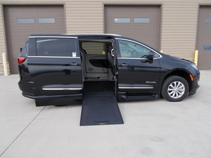 New Wheelchair Van For Sale: 2019 Chrysler Pacifica Touring Wheelchair Accessible Van For Sale with a Braun XI on it. VIN: 2C4RC1BG0KR626672