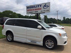 Used Wheelchair Van For Sale: 2014 Dodge Grand Caravan SXT Wheelchair Accessible Van For Sale with a BraunAbility Xi on it. VIN: 2C4RDGCG0ER390365