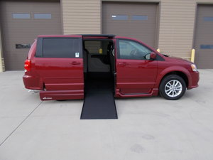 Used Wheelchair Van For Sale: 2016 Dodge Grand Caravan SXT Wheelchair Accessible Van For Sale with a Northstar on it. VIN: 2C4RDGCGXGR270446
