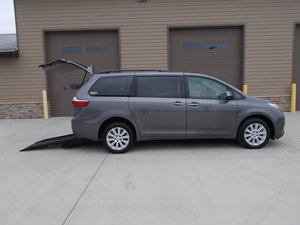 Used Wheelchair Van For Sale: 2015 Toyota Sienna Limited Wheelchair Accessible Van For Sale with a Braun Short Cut Rear Entry on it. VIN: 5TDYK3DC4FS643704