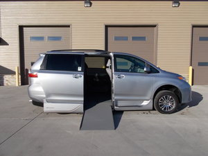 New Wheelchair Van For Sale: 2018 Toyota Sienna XLE Wheelchair Accessible Van For Sale with a Northstar on it. VIN: 5TDYZ3DC0JS918215