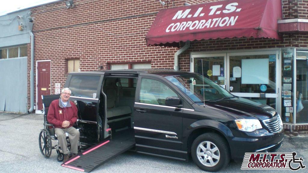45fb1866e0 Used Wheelchair Van For Sale  2011 Chrysler Town   Country Wheelchair  Accessible Van For Sale