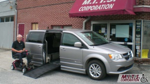 Used Wheelchair Van For Sale: 2016 Dodge Grand Caravan SXT Wheelchair Accessible Van For Sale with a BraunAbility Dodge Entervan II on it. VIN: 2C4RDGCG9GR343323