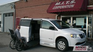 New Wheelchair Van For Sale: 2019 Dodge Grand Caravan SE Wheelchair Accessible Van For Sale with a BraunAbility Entervan - Manual on it. VIN: 2C7WDGBG4KR727056