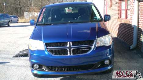 Used Wheelchair Van For Sale: 2011 Dodge Grand Caravan Crew Wheelchair Accessible Van For Sale with a  on it. VIN: 2D4RN5DG0BR775049