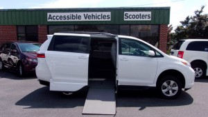Used Wheelchair Van For Sale: 2017 Toyota Sienna LE Wheelchair Accessible Van For Sale with a VMI - VMI Northstar E Toyota  on it. VIN:  5TDKZ3DC7HS779412