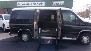 Used Wheelchair Van For Sale: 2000 Ford E-150  Wheelchair Accessible Van For Sale with a Non Branded - Please See Description on it. VIN: 1FDRE12W5YHB22214
