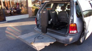 Used Wheelchair Van For Sale: 2001 Ford Windstar LX Wheelchair Accessible Van For Sale with a Non Branded - Please See Description on it. VIN: 2FMZA51461BB11408