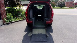 Used Wheelchair Van For Sale: 2006 Dodge Caravan  Wheelchair Accessible Van For Sale with a Vision Rear Entry - Vision Rear Entry Manual on it. VIN: 2D4GP44L96R607392