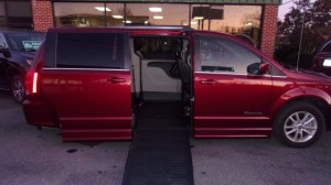Used Wheelchair Van For Sale: 2019 Dodge Caravan  Wheelchair Accessible Van For Sale with a BraunAbility - Dodge Entervan II on it. VIN: 2C4RDGCG9KR581066