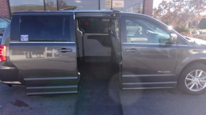 Used Wheelchair Van For Sale: 2019 Dodge Caravan  Wheelchair Accessible Van For Sale with a BraunAbility - Dodge Entervan II on it. VIN: 2C4RDGCG8KR580961