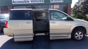 Used Wheelchair Van For Sale: 2010 Dodge Caravan  Wheelchair Accessible Van For Sale with a BraunAbility - Dodge Entervan II on it. VIN: 2D4RN4DE4AR231998