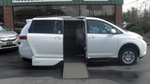 Used Wheelchair Van For Sale: 2017 Toyota Sienna  Wheelchair Accessible Van For Sale with a VMI - VMI Northstar E Toyota  on it. VIN: 5TDYZ3DC5HS833140